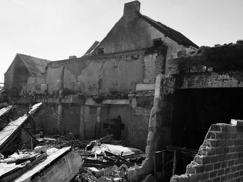 Experts recherche causes effondrement bâtiment Wermenbol